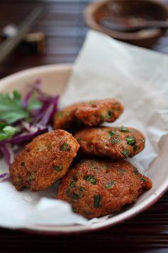 Thai Shrimp Cake Recipe | http://rasamalaysia.com