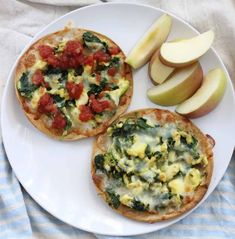 Skip the restaurant for these crispy veggie-packed and healthy breakfast tostadas. This Breakfast Tostadas recipe is a tasty gluten free breakfast or dinner idea. Healthy Breakfast Options, Vegetarian Breakfast, Eat Breakfast, Breakfast Recipes, Vegetarian Recipes, Snack Recipes, Healthy Recipes, Breakfast Ideas, Healthy Foods