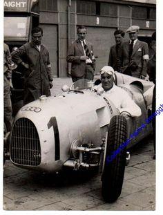 GP Germany (Nurburgring) , Auto Union A of Hans Stuck (race winner) F1 Racing, Racing Team, Racing Car Images, Course Vintage, Mercedes Gp, Auto Union, Classic Race Cars, Automobile, Vintage Race Car