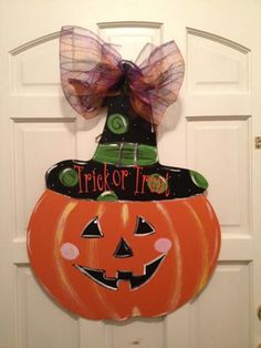 Heart's Desire Local Business FB Jack o' Lantern with Witch hat