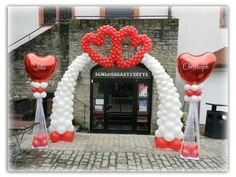 Nice red and white wedding balloon arch with hearts. Balloon Arch Frame, Balloon Door, Balloon Stands, Love Balloon, Balloon Columns, Valentine Decorations, Birthday Decorations, Wedding Decorations, Balloon Arrangements