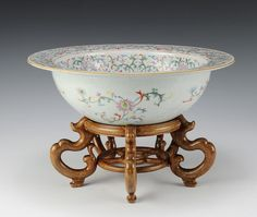 Lot: Famille Rose Wash Basin, 19th Century, Lot Number: 0262, Starting Bid: $400, Auctioneer: Oakridge Auction Gallery, Auction: Fine Art and Asian Antiques - Day 1 of 2, Date: March 19th, 2017 CET