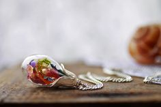 Real flower necklace  Colorful wildflowers by RubyRobinBoutique