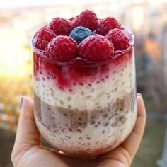Tapiokový puding | Blog | Online Fitness Blog Online, Healthy Cooking, Acai Bowl, Raspberry, Cheesecake, Pudding, Fruit, Breakfast, Fitness