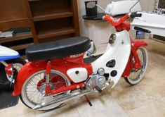 1966 Super Cub C50 by Honda