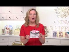 Let me show you what to look for when you're lining up the two-step stamps in the fabulous new stamp set called Daisy Delight. DAILY BLOG: http://www.janbcar...