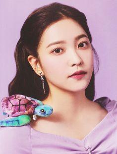 Seulgi, Park Sooyoung, Kpop Girl Groups, Kpop Girls, Red Velvet Photoshoot, Kim Yerim, Velvet Fashion, Sehun, Crochet Earrings