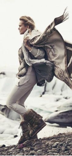 Glamping, Fashion Photography, Winter Jackets, Beauty, Winter Coats, Winter Vest Outfits, Go Glamping, High Fashion Photography, Beauty Illustration