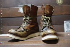 RESOLED & REPAIRED RED WINGS 877 Wing Shoes, Men's Shoes, Shoes Sneakers, Red Wing 877, Red Wing Moc Toe, Fashion Boots, Mens Fashion, Jewish Men, Red Wing Boots