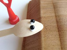 DIY Wooden Spoon Bugs - #art, #diy, craft