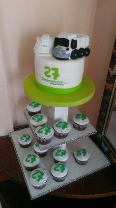Torta empresarial Pastel, Desserts, Food, Cakes For Kids, Tailgate Desserts, Cake, Deserts, Essen, Postres