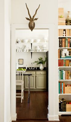 Open Shelving in the Kitchen- the great debate - (looks great but seems like a nightmare to me)