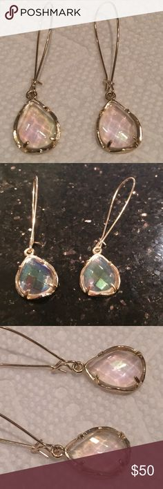 Kendra Scott dee clear luminescent in gold setting Perfect condition authentic Kendra's in a beautiful stone color that goes w everything. Casual or dressy you will love these! Kendra Scott Jewelry Earrings