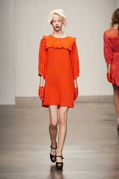 See the entire collection from the Ivana Helsinki Spring 2014 Ready-to-Wear runway show. Spring 2014, Spring Summer, Summer 2014, Marimekko, Helsinki, Beautiful Models, Fashion Brands, Ready To Wear, Runway