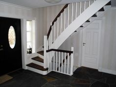 Spiler trapp, lukket oppe