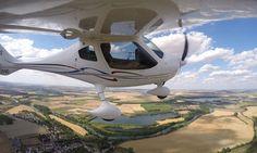 Stage d'initiation au pilotage en ULM de 20 ou 40 min dès 79,90 € chez Mach 01: 79.90€ au lieu de 179.00€ (55% de réduction)