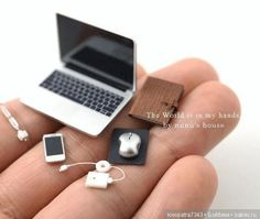 Miniatur-Laptop-Computer - Miniatur-PC - - P. Mini Diy, Mini Craft, Mini Things, Cute Little Things, Small Things, Miniature Crafts, Miniature Dolls, Miniature Food, Accessoires Lps