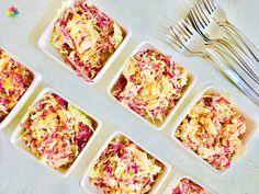 Ensaladas: #Coleslaw de repollos, rabanito, zanahoria y amapola con aderezo de sésamo, realizada en clase 5 http://www.conscienciaviva.com/