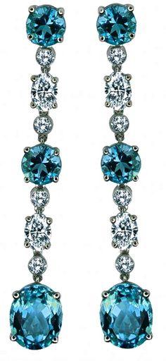 GUMUCHIAN | Aquamarine & Diamond Earrings | {ʝυℓιє'ѕ đιåмσиđѕ&ρєåɾℓѕ}