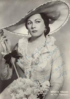 Renata Tebaldi as Violetta