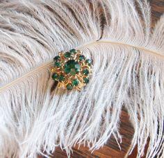 Brooch Emerald Green Gold Vintage Pin