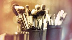 Compras inteligentes: 6 brochas de maquillaje básicas - Rosa y Verde