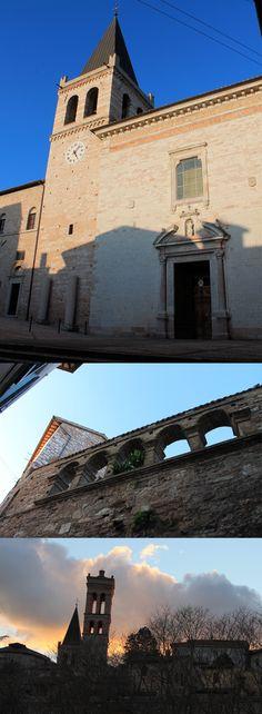 Santa Maria Maggiore è la chiesa principale di Spello. Al suo interno ospita la cappella Baglioni con gli affreschi del Pinturicchio; suoi i due campanili che caratterizzano lo skyline di Spello. La facciata è stata portata in avanti di alcuni metri rispetto all'originale e l'antico porticato è ora inglobato nella struttura; le arcate sono ancora visibili nel complesso murario che da via Cavour precede l'ingresso.