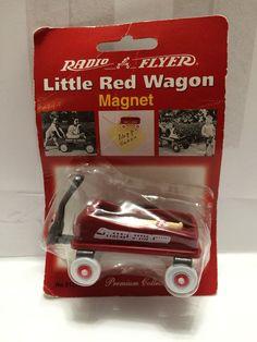 (TAS013405) - Radio Flyer Little Red Wagon Magnet