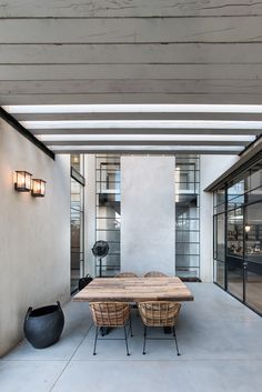 Gallery of House in Tel Aviv  / Neuman Hayner Architects  - 33