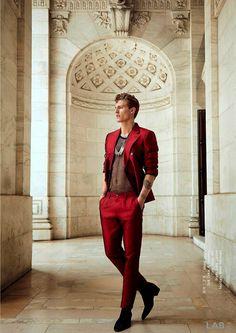 "menlovefashiontoo: ""taur: "" Mikkel Jensen by Greg Swales for LAB "" Quality Men's Bracelets"" Love Fashion, High Fashion, Mens Fashion, Fashion Details, Fashion Models, Style Fashion, Book Modelo, Burgundy Suit, Red Suit"