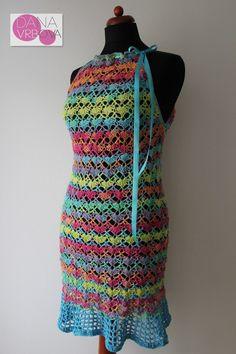 Barevné šaty s mašlí