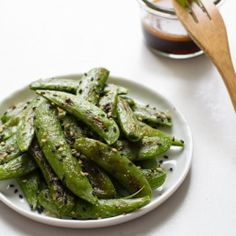 Roasted Sugar Snap Peas + Sesame Dipping Sauce: only takes 10 minutes!