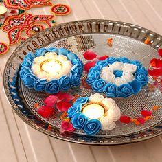 Floral Floating Set Of Diwali Party, Diwali Diya, Diwali Craft, Diwali Gifts, Diwali Candle Holders, Diwali Candles, Candle Holder Decor, Water Candle, Tea Light Candles