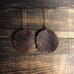 Leather earrings, brown and copper leather earrings, long drop earrings, copper dusted earrings, leather jewelry, Bohemian jewelry by IraBelleAndCo on Etsy https://www.etsy.com/listing/593474645/leather-earrings-brown-and-copper #jewelrymaking