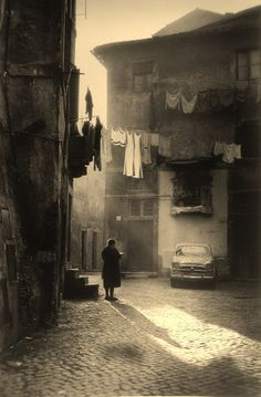 Trastevere... photog and date unk.