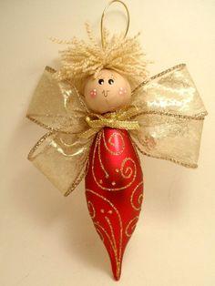 Angel con adornos de navidad!