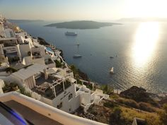 Fira for families? Our sojourn in Santorini