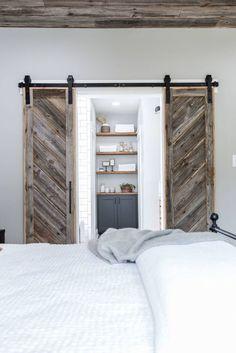 Small Master Bedroom Decorating Ideas (62)