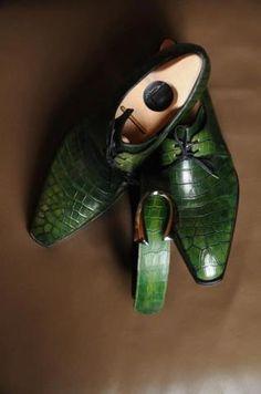 Corthay Arca in Green Crocodile Sharp Dressed Man, Well Dressed Men, Saint Crispin, Men Dress, Dress Shoes, Gentleman Shoes, Fashion Shoes, Mens Fashion, Mens Essentials