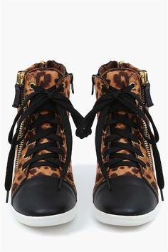 Micha Wedge Sneakers in Leopard