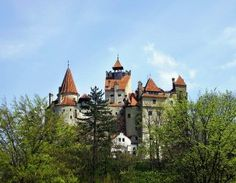 Select a personal tour guide which is specialized in Romania: Private Guide  #tourguide #romania #travel #tour