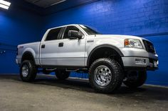 2005 Ford F-150 FX4 4x4 Lifted Half Ton F150 Pickup Truck For Sale!