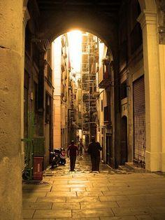 Barri Gothic in Barcelona   #barrigothic #barrigotic #barrigòtic   #altstadt #oldtown #city #architecture #sonne #stadt #sun #love #old #travel #architektur #oldcity #europe #barcelona #spain #catalunya #bcn #gaudi #españa #igersbcn #igersbarcelona #catalonia #cataluña #espana #holiday #holidays #igerscatalunya
