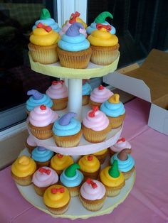 cupcakes to go with the cake?