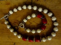 Coral bead set