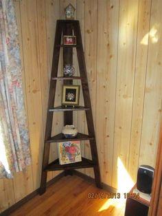 Builders Showcase: Corner Sawhorse Shelf | The Design Confidential