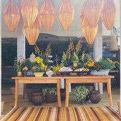 Casamento na praia - Trancoso Bahia - Decoração tropical - amarelo e verde - Mesa de doces ( Foto: Duo Borgatto )