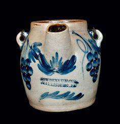 rare Cowden & Wilcox Batter Pitcher with a bird. Antique Crocks, Old Crocks, Antique Stoneware, Stoneware Crocks, Glazes For Pottery, Pottery Art, Glazed Pottery, Vintage Pottery, Handmade Pottery