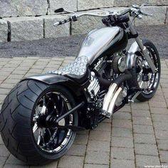 Harley Davidson News – Harley Davidson Bike Pics Motos Harley Davidson, Harley Davidson Custom Bike, Harley Davidson Street, Vrod Custom, Custom Harleys, Vrod Harley, Harley Bikes, Bobber Motorcycle, Cool Motorcycles