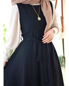 Fashion Wear, Modest Fashion, Fashion Outfits, Indian Fashion Salwar, Moslem Fashion, Hijab Fashionista, Dress Clothes For Women, Islamic Fashion, Hijab Outfit
